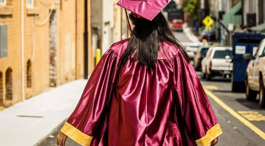 student-loan-debt-crisis-affecting-women